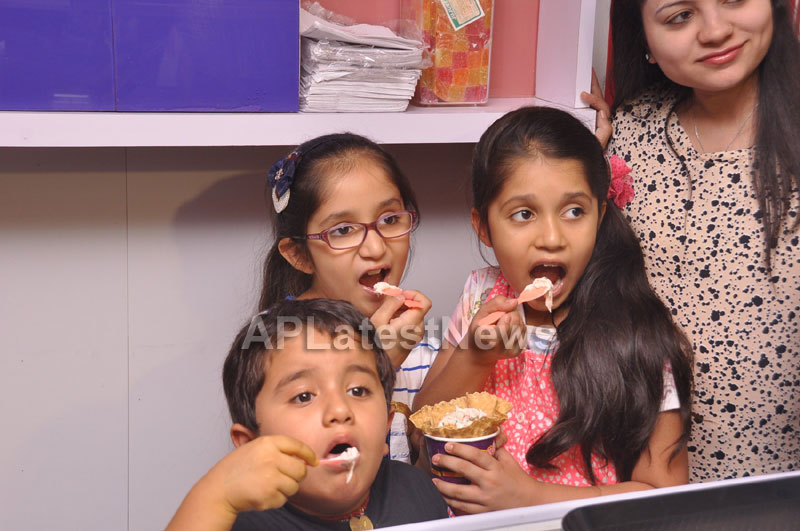 Bollywood Actor Ayushman Khurana launches Cream stone Flavours - Picture 12