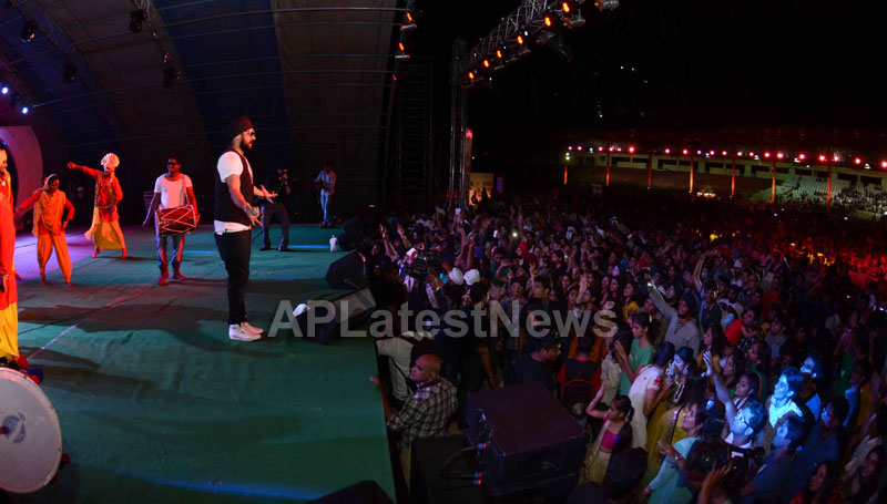 RDB - Live concert held at Baisakhi Celebrations 2013 - Picture 5