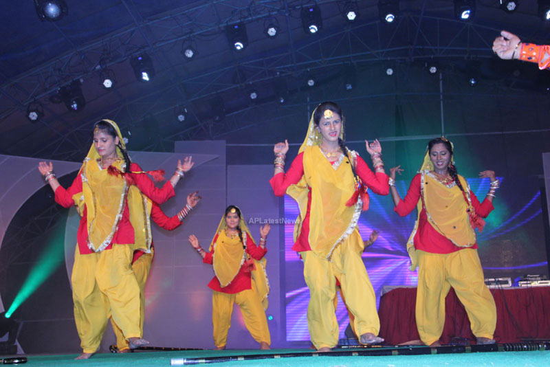 RDB - Live concert held at Baisakhi Celebrations 2013 - Picture 1