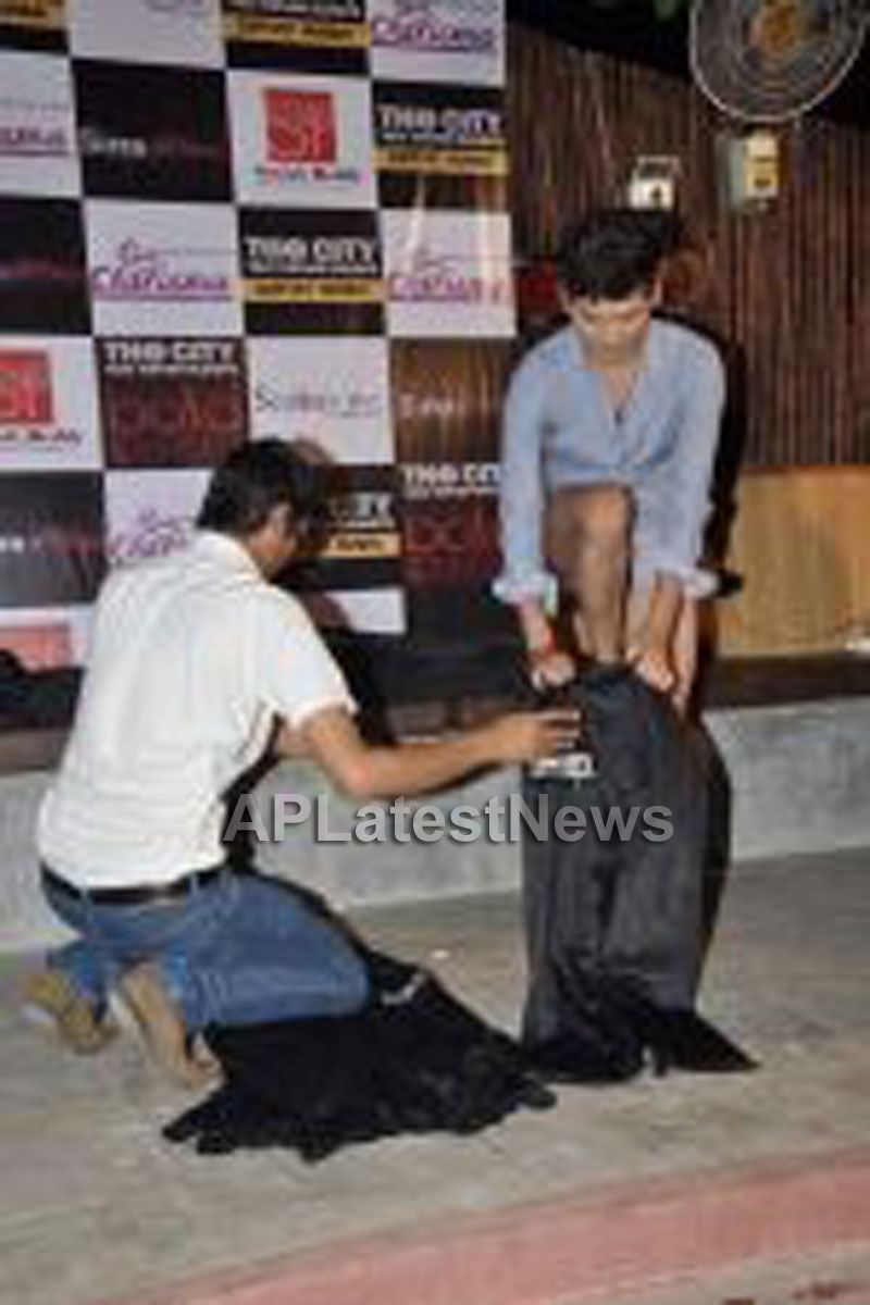Bollywood star support The City That Never Sleeps Mumbai Campaign - Picture 26