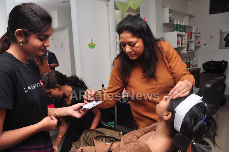 Bridal Make-up to the women of Hyderabad at Lakme, Kondapur and Somajiguda - Picture 15