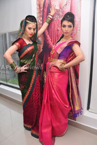 Bridal Make-up to the women of Hyderabad at Lakme, Kondapur and Somajiguda - Picture 5
