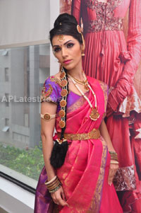 Bridal Make-up to the women of Hyderabad at Lakme, Kondapur and Somajiguda - Picture 26