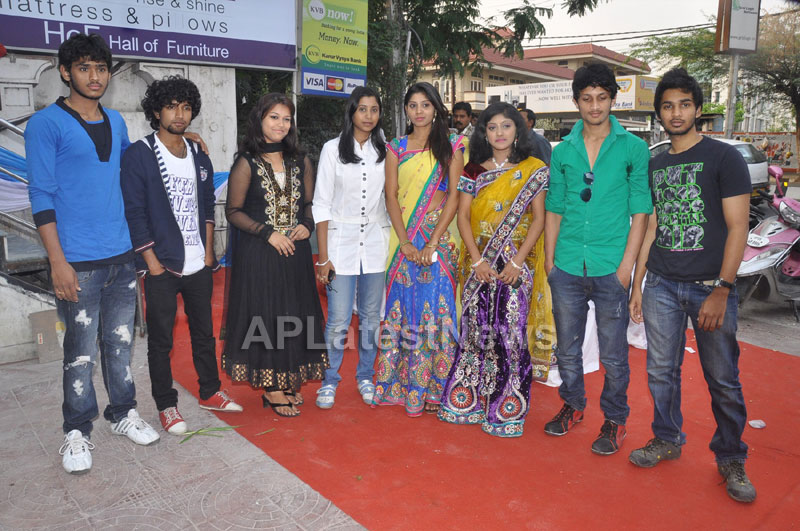 Hall of Furniture Launched at Banjara hills Inaugurated By 3G Love Movie Team - Picture 2