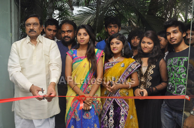 Hall of Furniture Launched at Banjara hills Inaugurated By 3G Love Movie Team - Picture 16