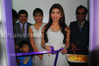 Homeo Trends Hospital Opened Inaugurated by Tollywood Actress Pranitha - Picture 10