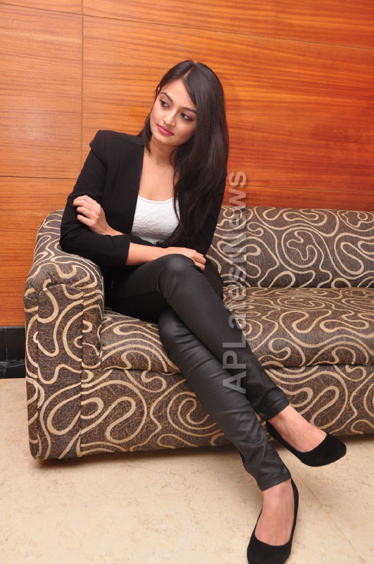 Homeo Trends Launched by Tollywood Actress Nikitha, Asmita and Swathi, Hyderabad - Picture 8