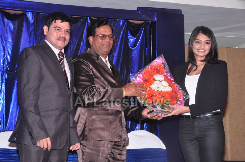 Homeo Trends Launched by Tollywood Actress Nikitha, Asmita and Swathi, Hyderabad - Picture 1