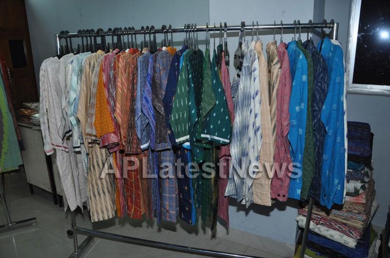 Pochampally IKAT Mela 2013 - Somajiguda - Picture 2
