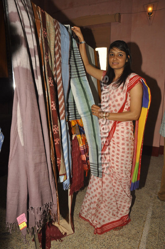 Pochampally Ikat Art Mela 2013 Launched -  by Actresses Sri Lakshmi , Padmini - Picture 8