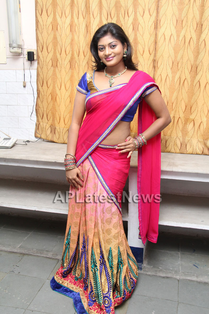 Artisans showcase their work at Pochampally IKAT Art Mela - Actress Sowmya, Secunderabad - Picture 23