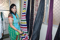 Pochampally Ikat art mela in Vizag city - Inaugurated by Tollywood Actress Varsha  - Picture 2