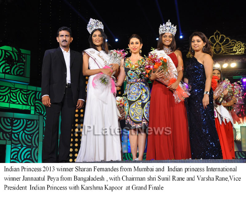 Indian Princess International Winners 2013 - Models Sizzle at Grand Finale - Picture 1