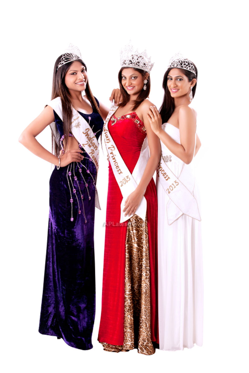 Indian Princess International Winners 2013 - Models Sizzle at Grand Finale - Picture 16