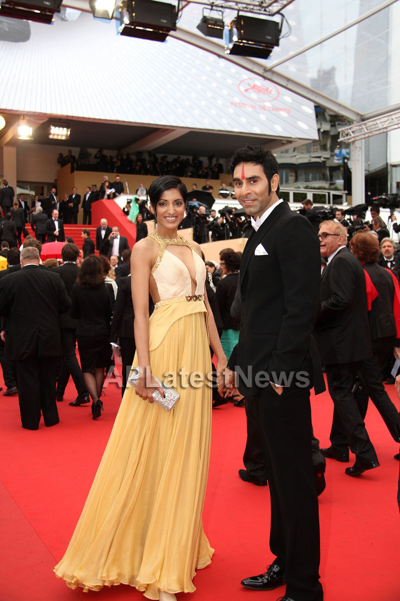 Jesse Randhawa and Sandip Soparrkar - most stylish couple of the year - Picture 5