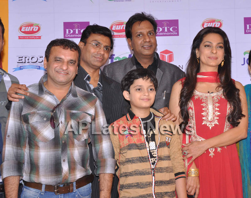 Juhi Chawla Loves Family Oriented Movie - Picture 14