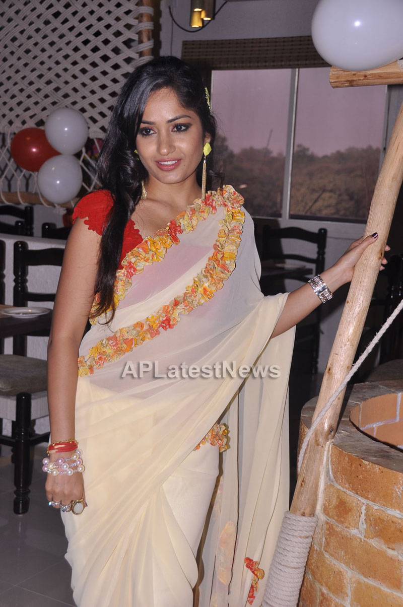Kadai Restaurant Launched at Lingampally -Inaugurated by Actress Madhavi Latha - Picture 1