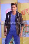Shahrukh, Hrithik, Deepika, Serah and Jaqueline at Kids Choice Award 2013 - Picture 8