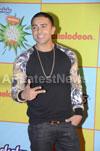 Shahrukh, Hrithik, Deepika, Serah and Jaqueline at Kids Choice Award 2013 - Picture 11