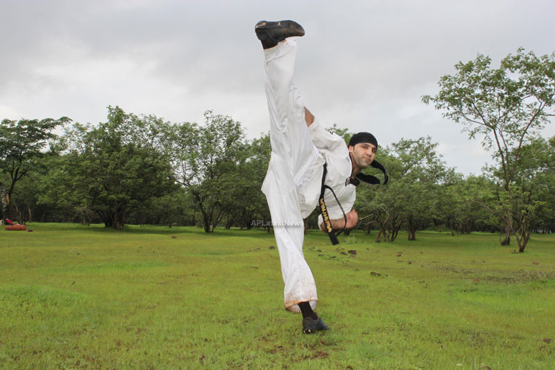 Martial Arts Action Star Sameer Ali in Krrish 3 - Picture 4