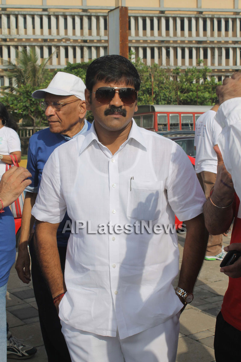 Mumbai Walks on International world peace day with the message of Human values - Picture 10