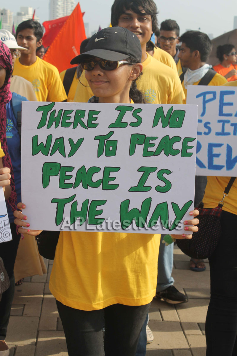 Mumbai Walks on International world peace day with the message of Human values - Picture 23