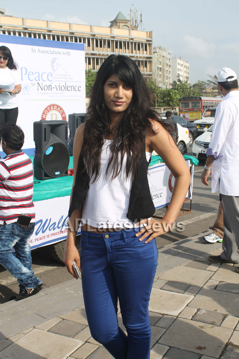 Mumbai Walks on International world peace day with the message of Human values - Picture 14
