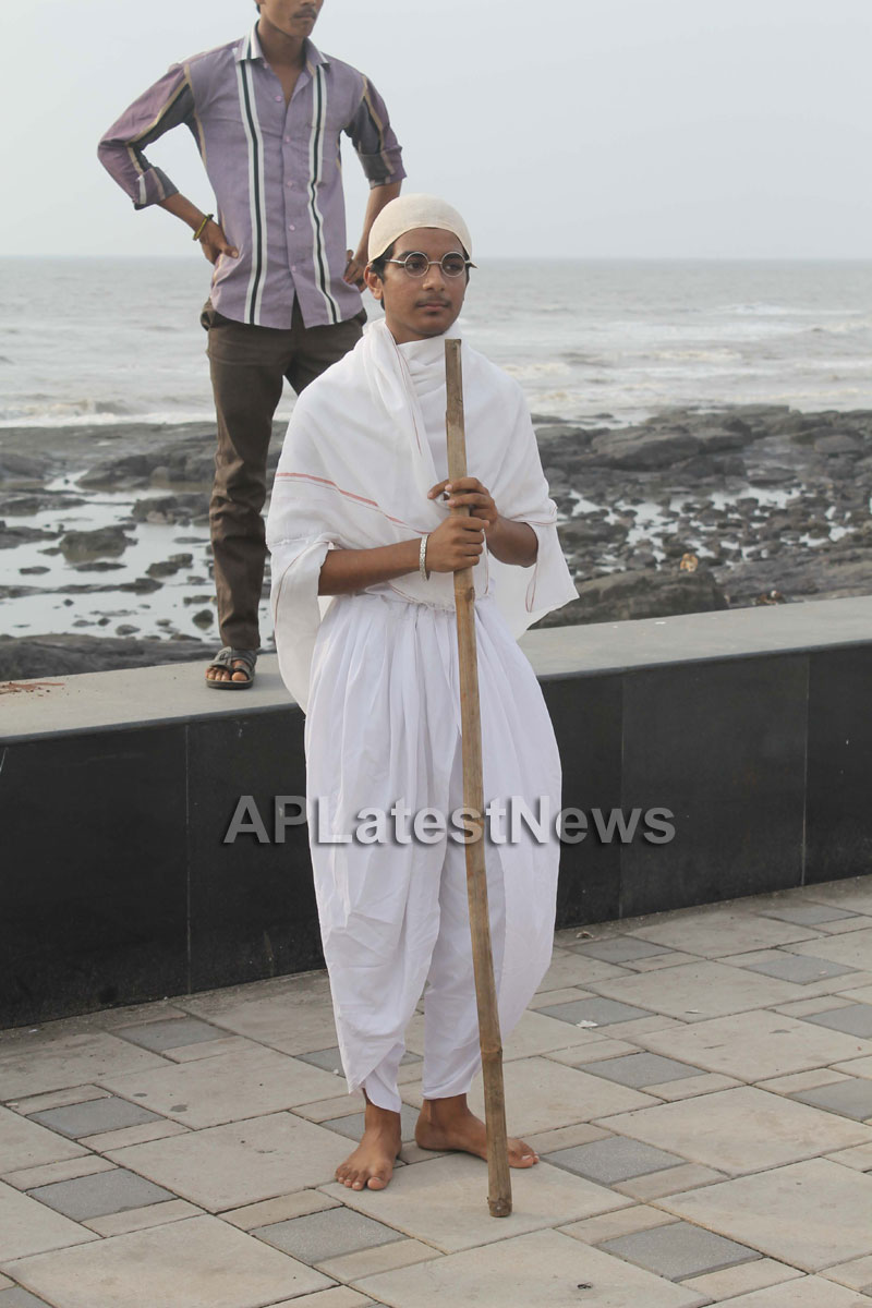 Mumbai Walks on International world peace day with the message of Human values - Picture 13