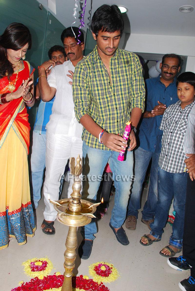Naturals open Family Salon and Spa by Prema Ishq Kadal Movie Team, Bhimavaram - Picture 7