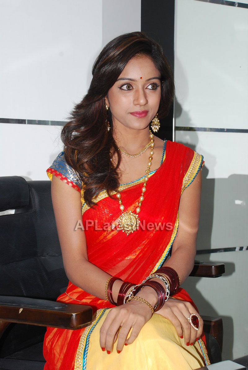 Naturals open Family Salon and Spa by Prema Ishq Kadal Movie Team, Bhimavaram - Picture 6