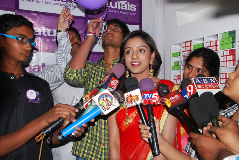 Naturals open Family Salon and Spa by Prema Ishq Kadal Movie Team, Bhimavaram - Picture 2