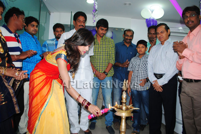 Naturals open Family Salon and Spa by Prema Ishq Kadal Movie Team, Bhimavaram - Picture 10