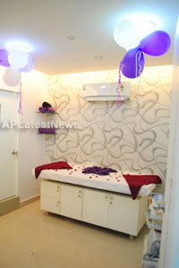 Naturals open Family Salon and Spa by Prema Ishq Kadal Movie Team, Bhimavaram - Picture 24
