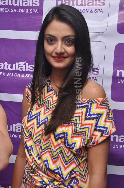 Naturals family salon and spa Launched by Actrecess Nikitha Narayan , Aksha - Picture 8