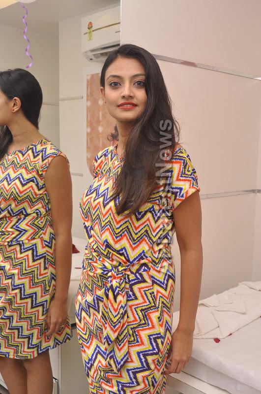 Naturals family salon and spa Launched by Actrecess Nikitha Narayan , Aksha - Picture 1