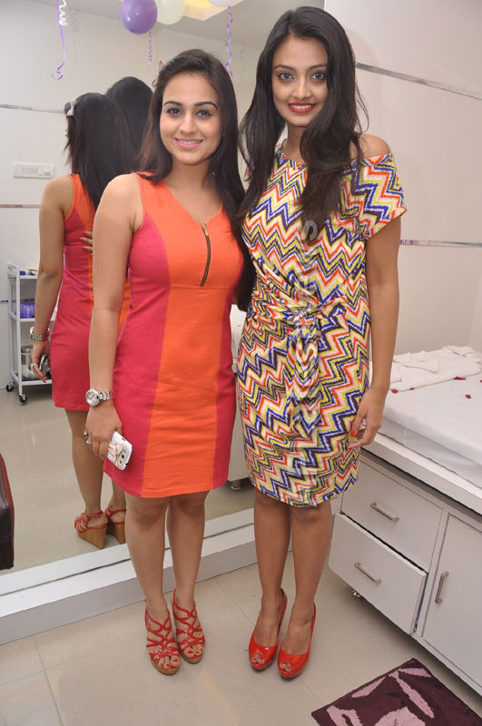 Naturals family salon and spa Launched by Actrecess Nikitha Narayan , Aksha - Picture 10