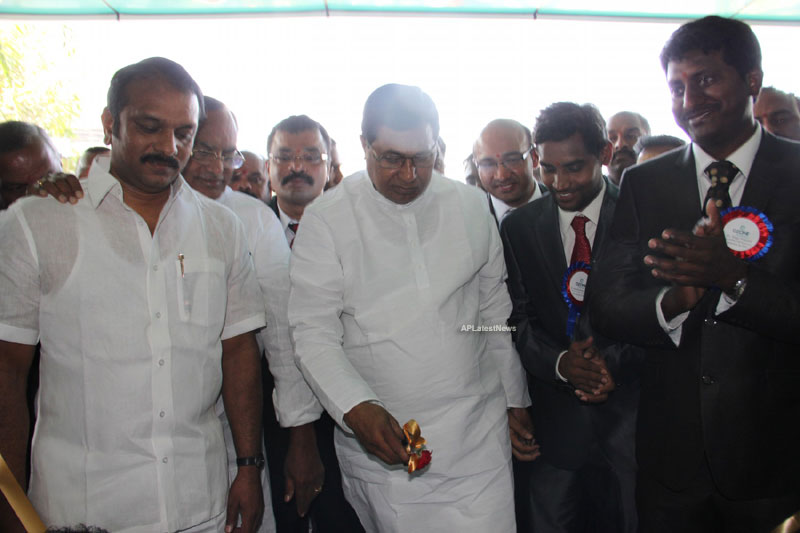 OZONE Hospitals Opened in Kothapet by Jana Reddy State Minister of Panchayat Raj and RWS - Picture 10