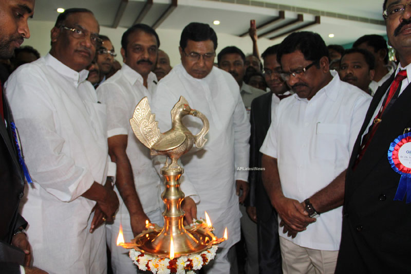OZONE Hospitals Opened in Kothapet by Jana Reddy State Minister of Panchayat Raj and RWS - Picture 7