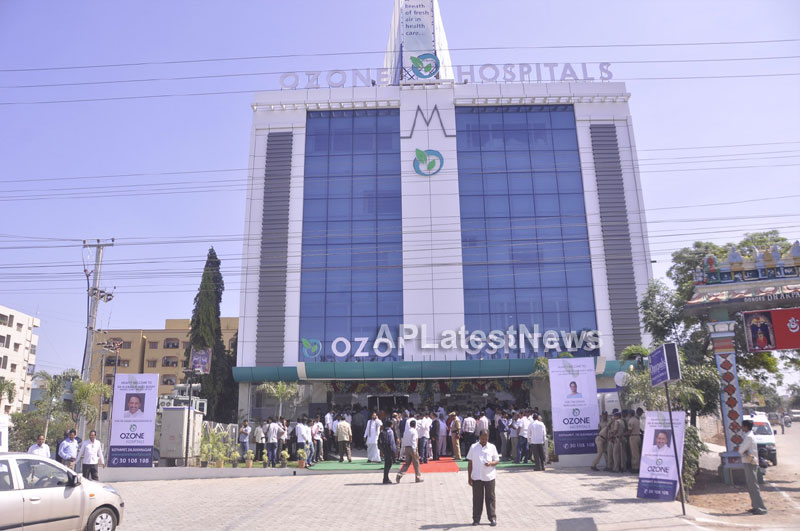 OZONE Hospitals Opened in Kothapet by Jana Reddy State Minister of Panchayat Raj and RWS - Picture 13