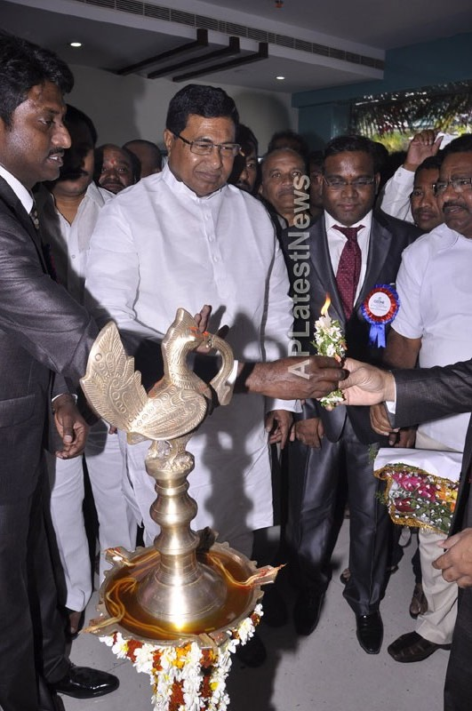 OZONE Hospitals Opened in Kothapet by Jana Reddy State Minister of Panchayat Raj and RWS - Picture 1