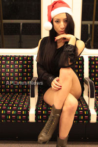 Playboy girl Shanti Dynamite turn sexy Santa clause  - Picture 6