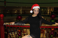 Playboy girl Shanti Dynamite turn sexy Santa clause  - Picture 2