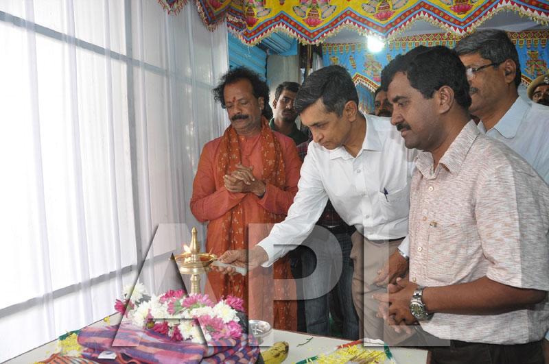 Pochampally IKAT Art  Mela 2013 - KPHB Colony - Picture 7