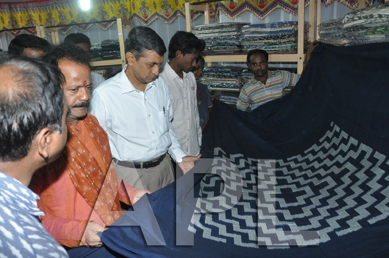 Pochampally IKAT Art  Mela 2013 - KPHB Colony - Picture 4
