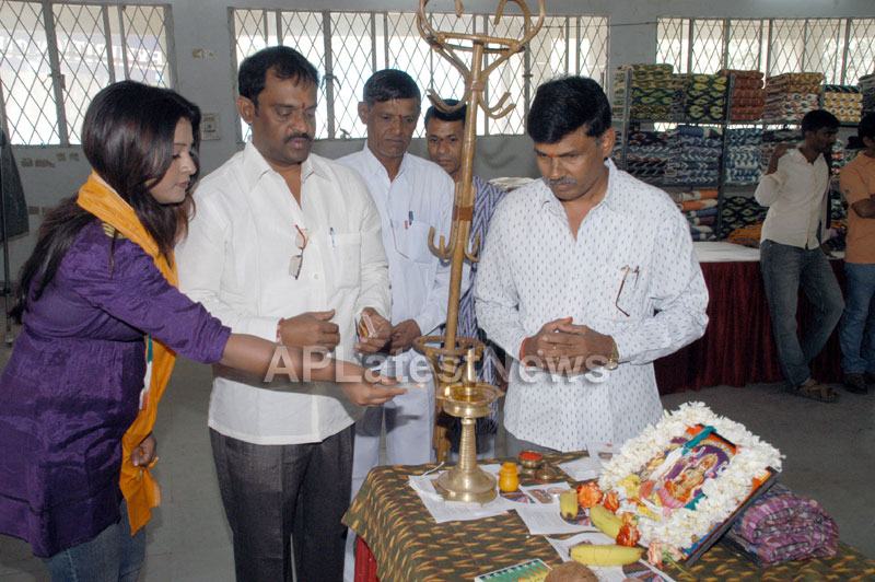 Pochampally -IKAT Art Mela- Basava Bhavan, Bangalore - Sandalwood Actress Soujanya - Picture 1