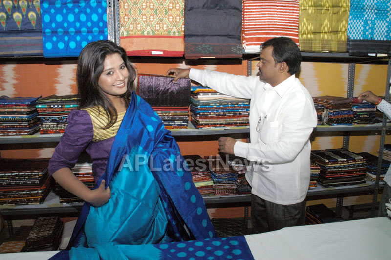 Pochampally -IKAT Art Mela- Basava Bhavan, Bangalore - Sandalwood Actress Soujanya - Picture 2