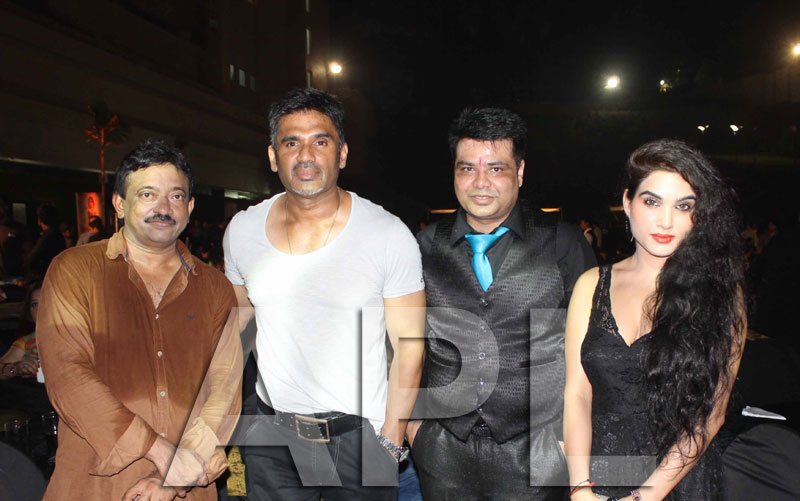 Amitabh, Suneil Shetty, Aftab and Kavya Singh attended RVG satya2 party - Picture 26