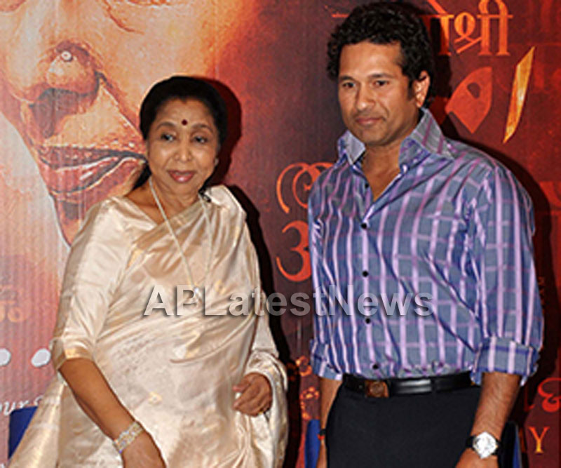 Rajeev Kashyap At the event with Sachin Tendulkar at Mai Movie Music launch - Picture 3