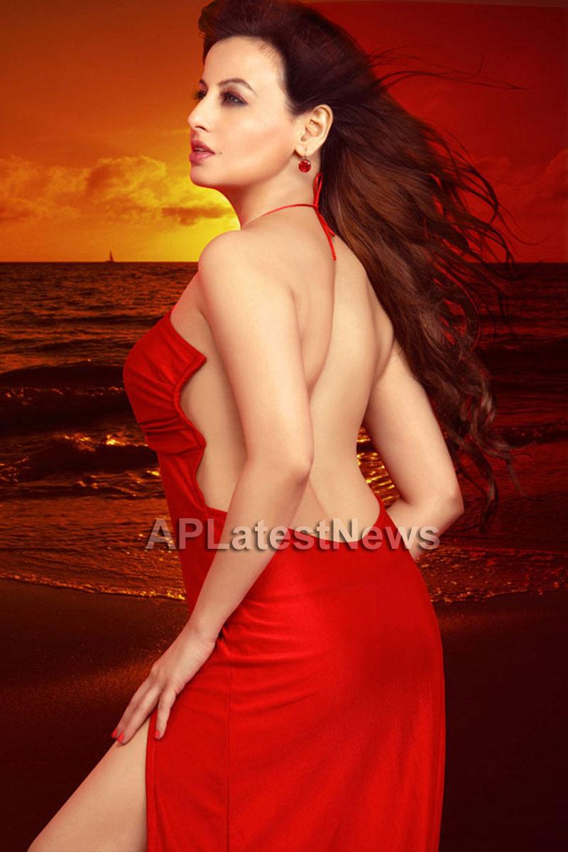 Saira khan enters Bollywood - Khan-daan - Picture 4