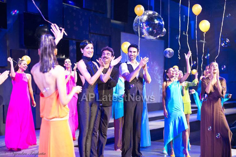 Sandip Soparrkar, Jesse Randhawa at Seagrams Blender pride fashion tour - Chandigarh - Picture 4